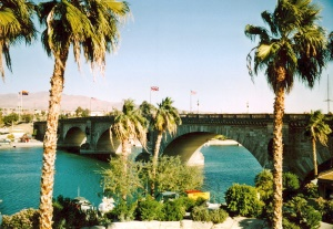 uitzicht op de London Bridge | Lake Havasu City